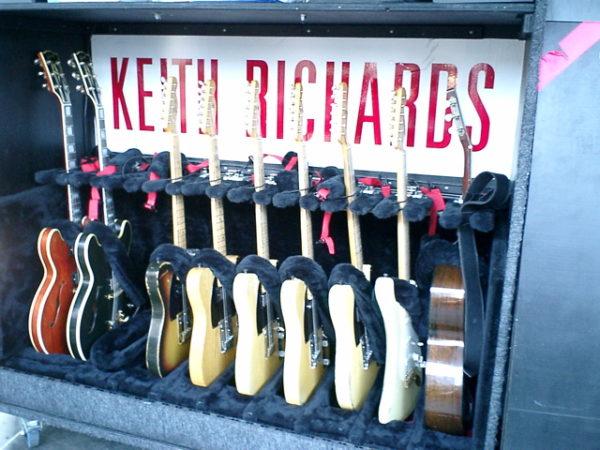 Lean, Mean, Dean Guitars